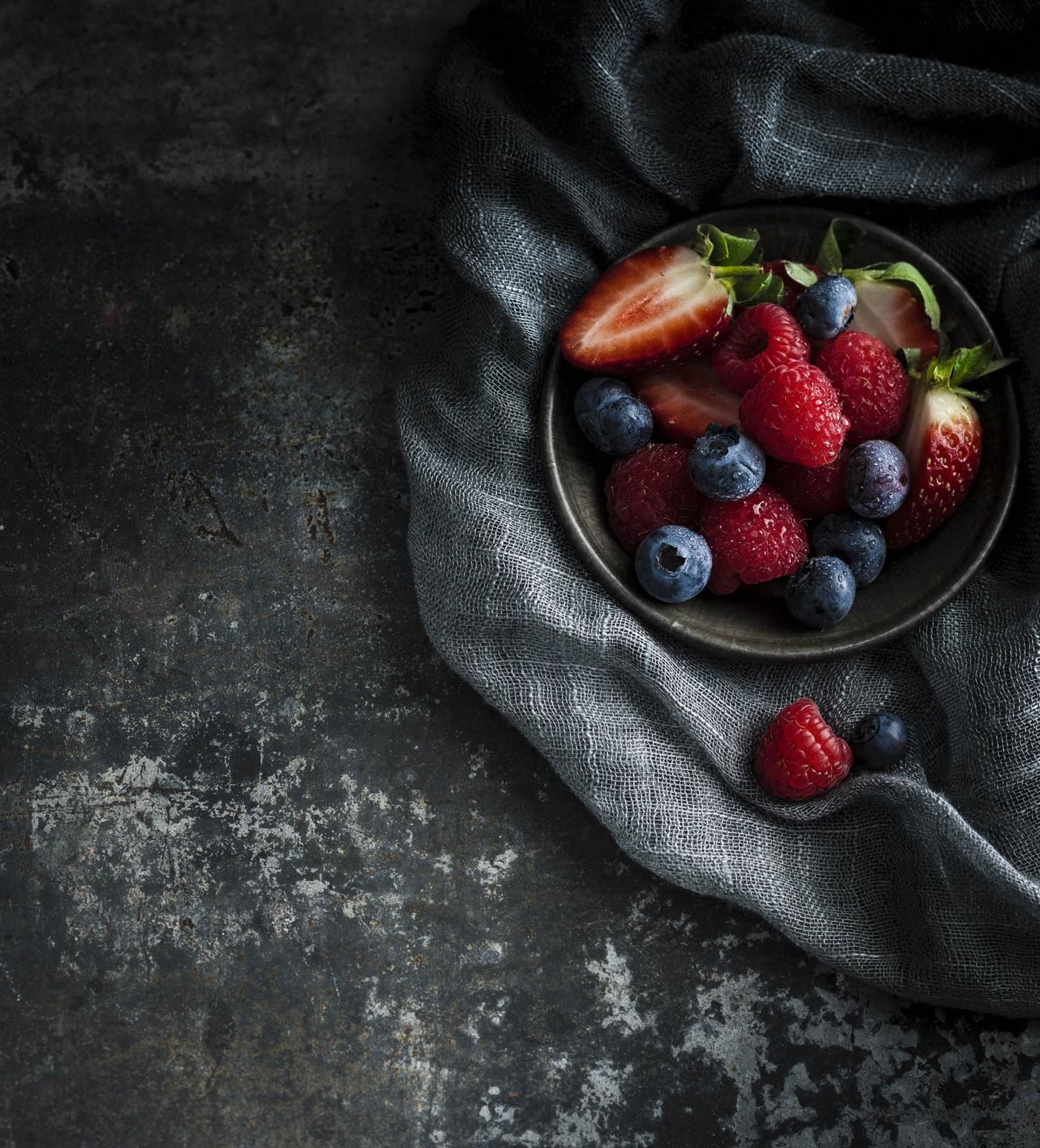 BerriesWebs.jpg