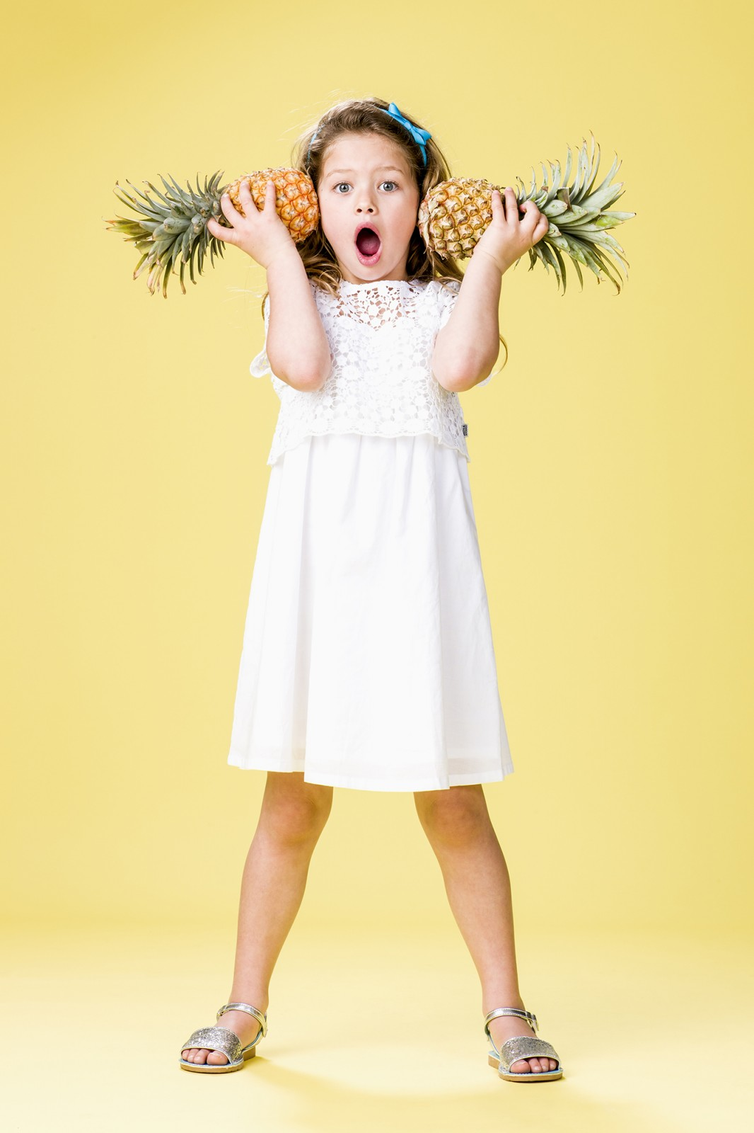 Sydney kids fashion photographer Michelle Young shoots Osh Kosh Australia in studio for Osh Kosh kids and childrens fashion for Summer 2015. Beach Boys for summer 2015 with Osh Kosh boys clothing and...